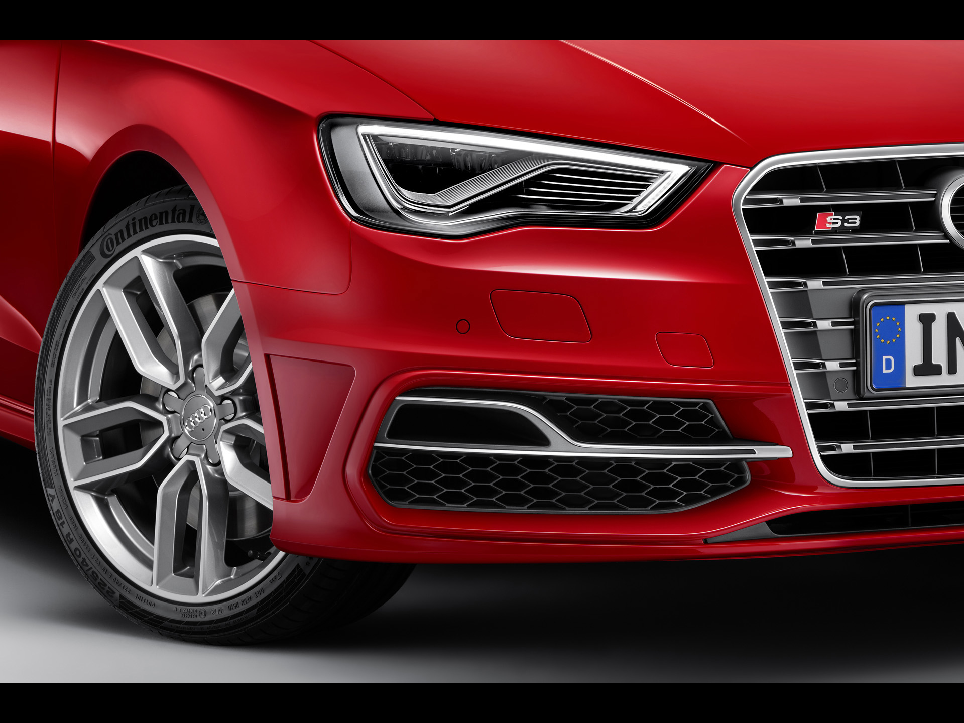 2013 audi s3 sportback headlights wallpapers 2013 audi s3 sportback headlights stock photos. Black Bedroom Furniture Sets. Home Design Ideas