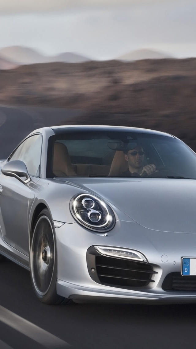 640x1136 2013 Porsche 911 Turbo Motion Front Iphone 5