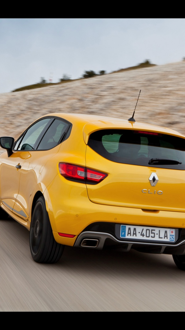 640x1136 2013 Renault Clio Rs 200 Edc Motion Rear Iphone 5 Wallpaper