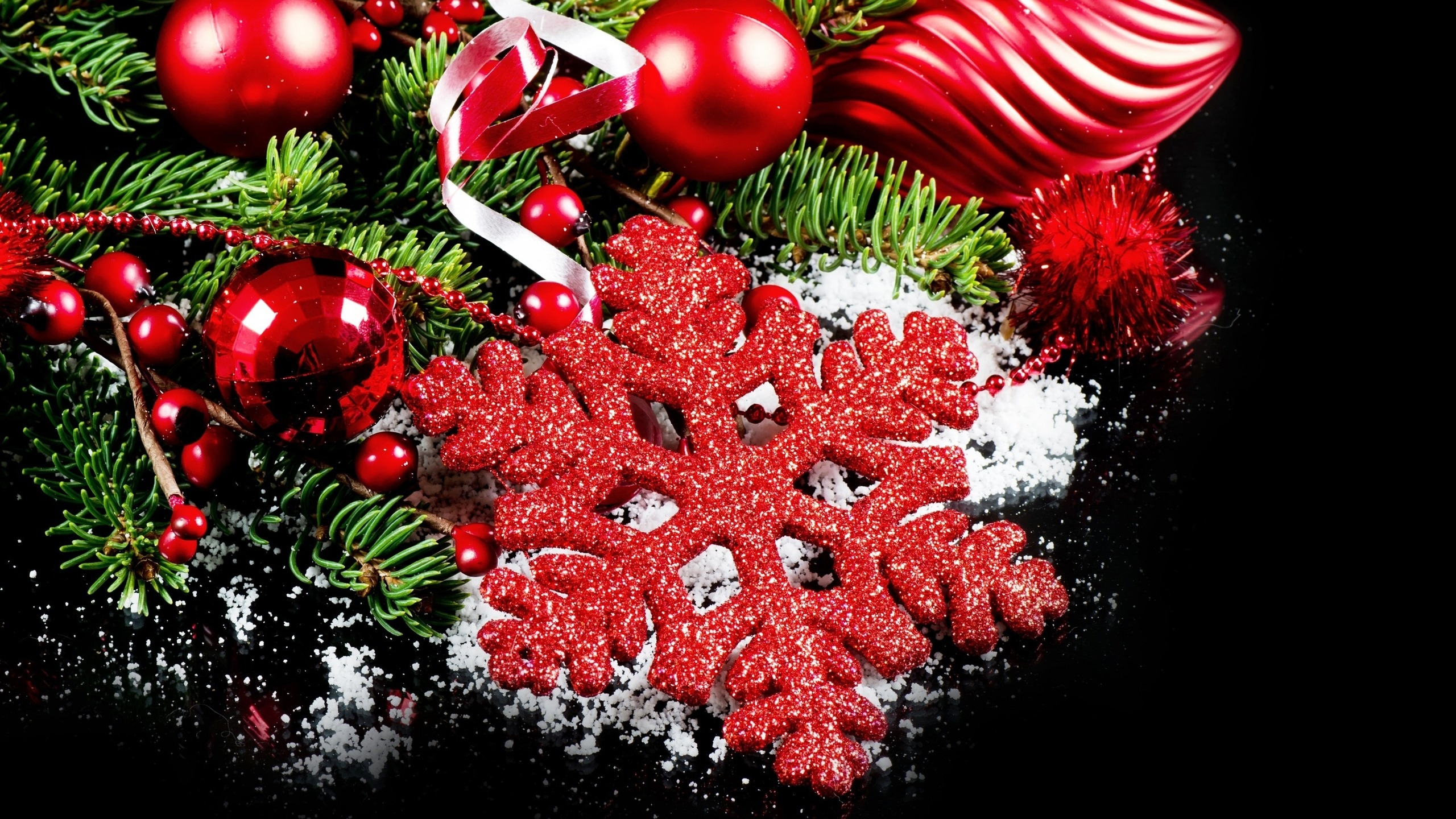 2560x1440 2014 Christmas Ornaments YouTube Channel Cover