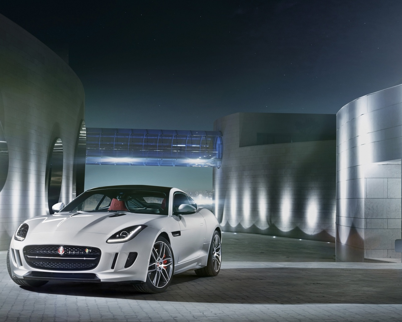 1280x1024 2014 Jaguar F-Type R Coupe Polaris White Static Front Angle