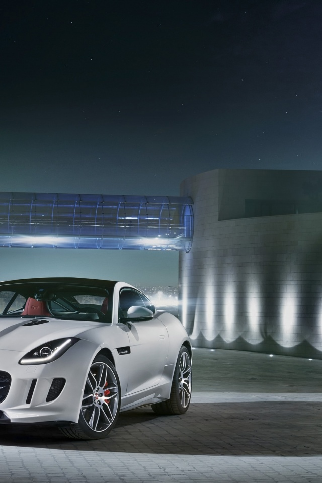 640x960 2014 Jaguar F-Type R Coupe Polaris White Static Front Angle