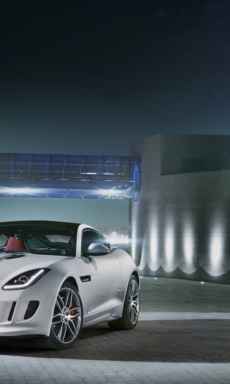 768x1280 2014 Jaguar F-Type R Coupe Polaris White Static Front Angle