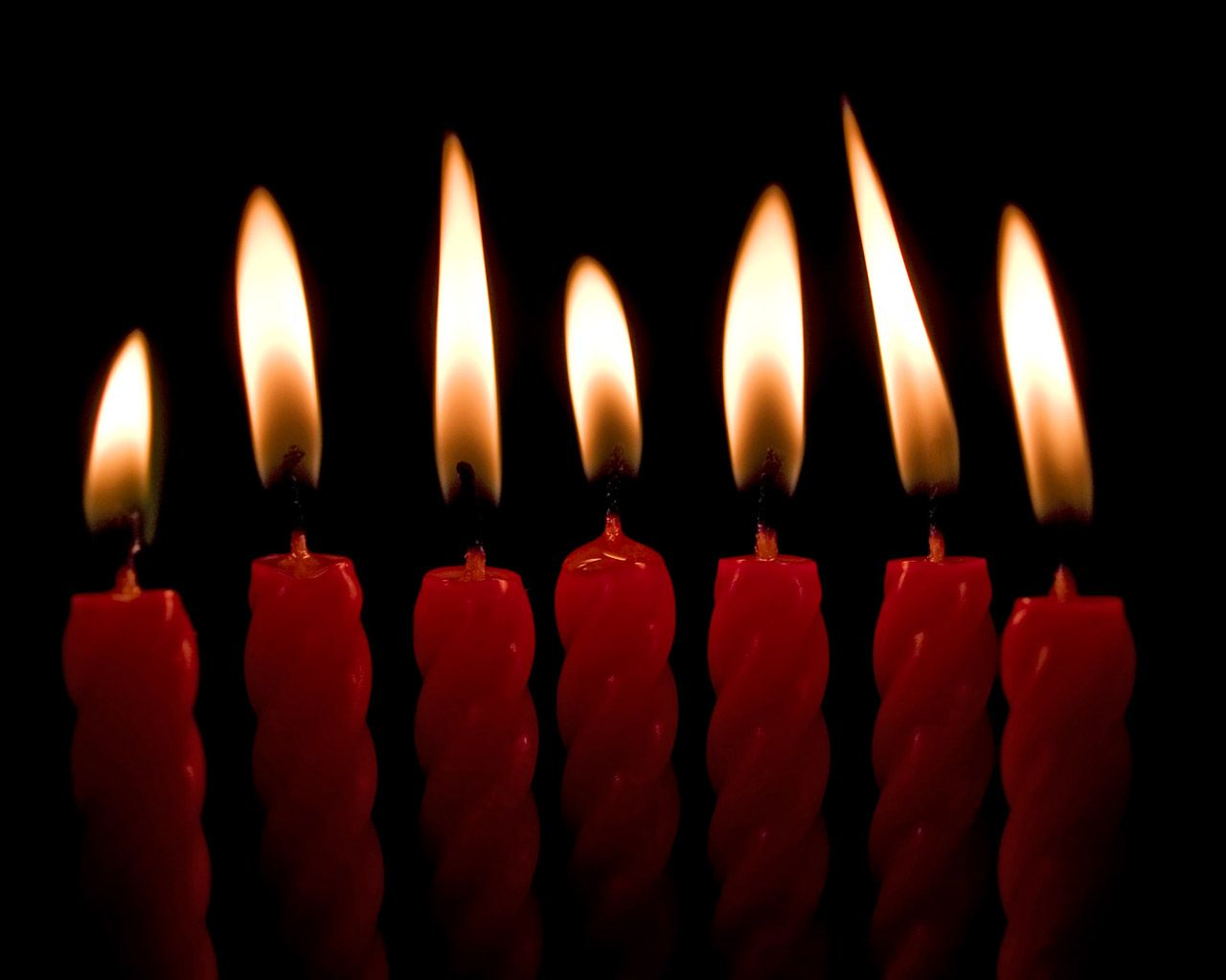 1280x1024 Aligned candles desktop wallpapers and stock photos
