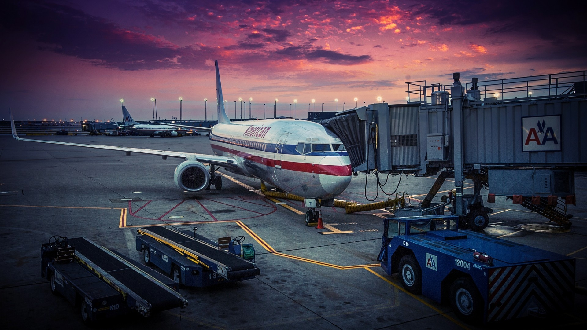 1920x1080 American Airlines Passenger Jet