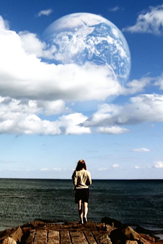 640x960 Another Earth Wallpaper