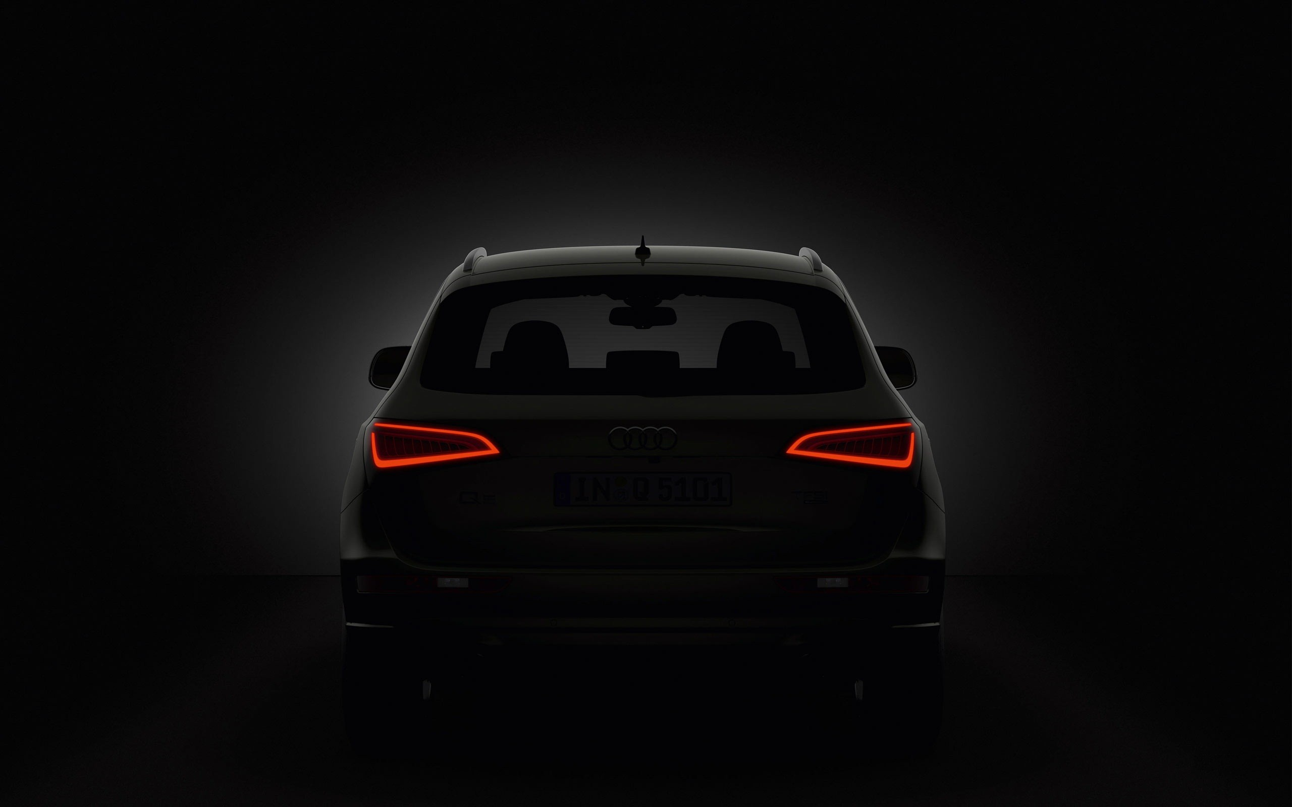 2560x1440 Audi Q5 Taillights Youtube Channel Cover
