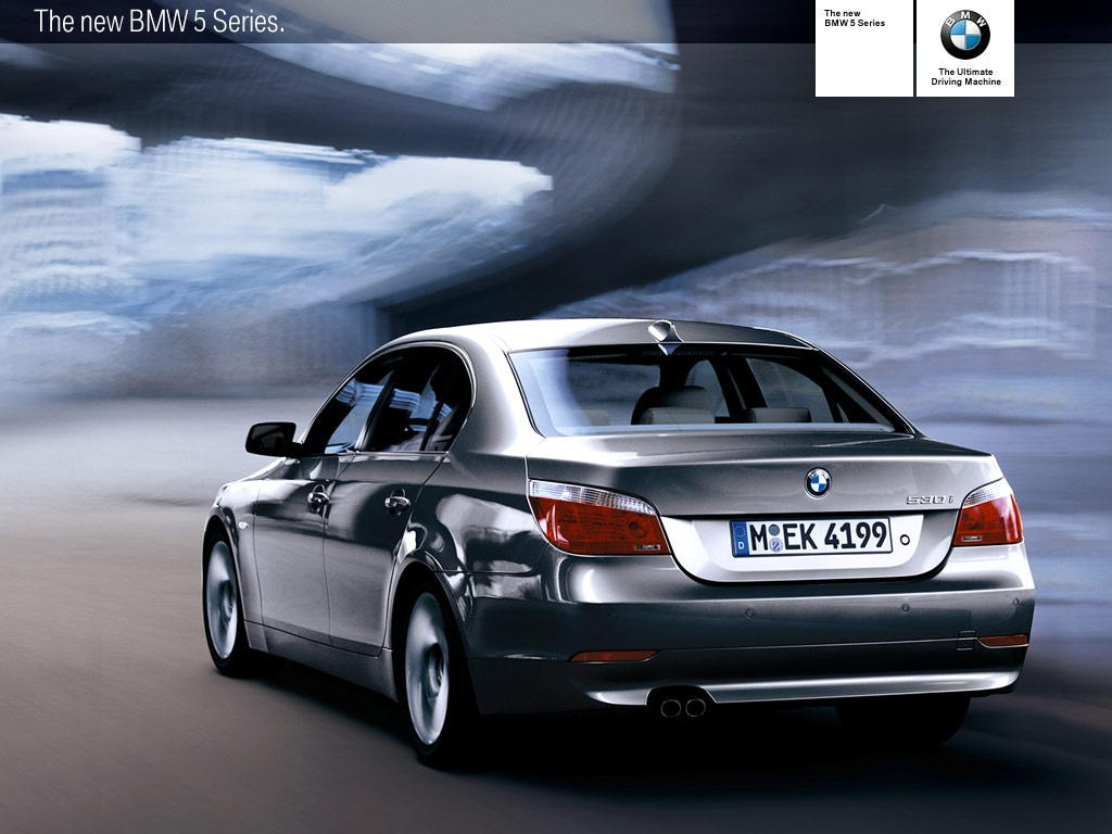 1024x768 Back of BMW 530i