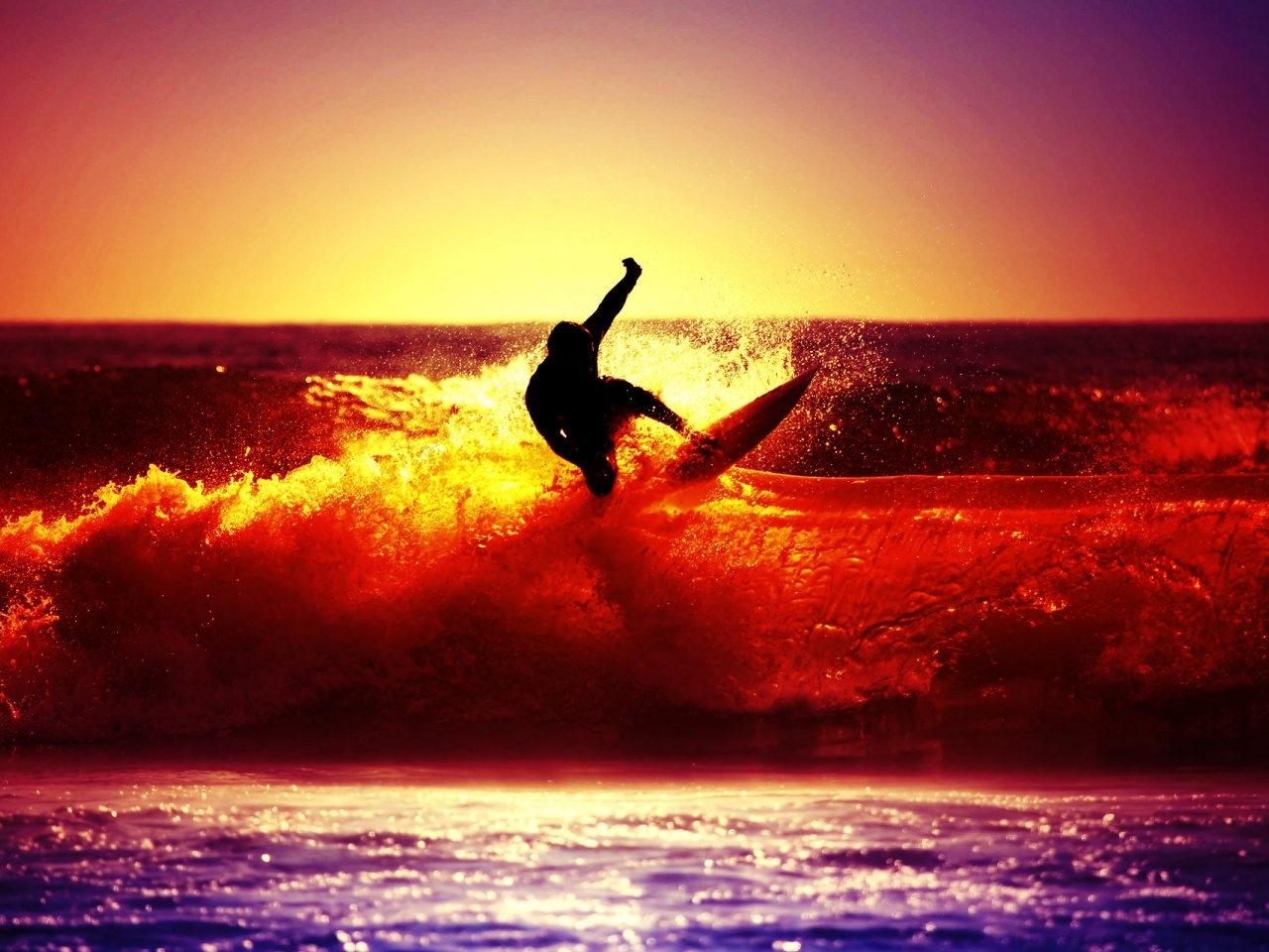 1280x720 Beach Surfer