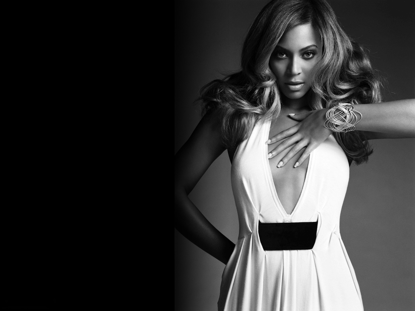 Image: Beyonce white dress wallpapers and stock photos. «