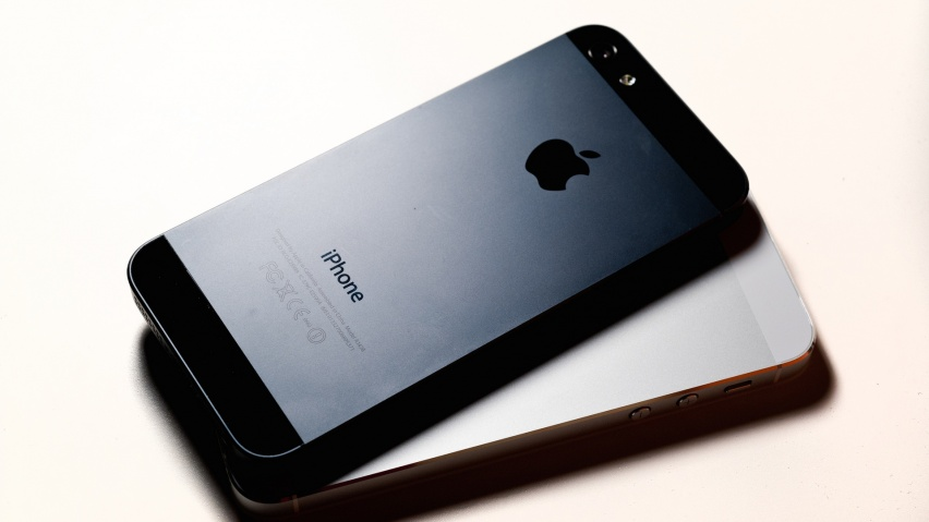 Wallpaper download in phone - 852x480 Black And White Iphone 5 Desktop Pc And Mac Wallpaper