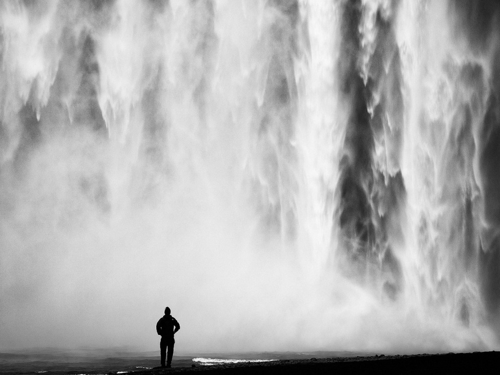 1024x768 black and white waterfall desktop pc and mac