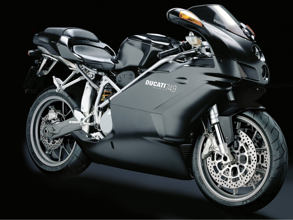 Sport Bike Black Wallpaper: Sports Bike For You: Sports Bike For Beginners