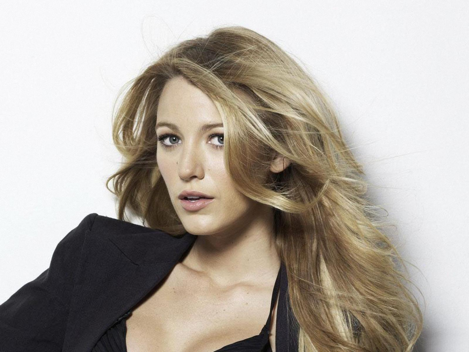 blake lively close-up 6 wallpapers | blake lively close-up 6 stock