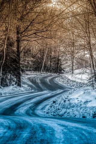 320x480 Blue Snow On The Road