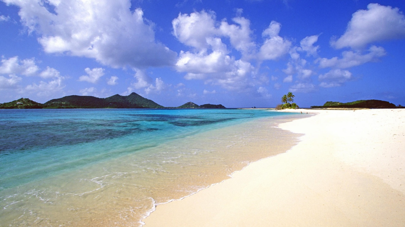 1366x768 Calm Exotic Beach
