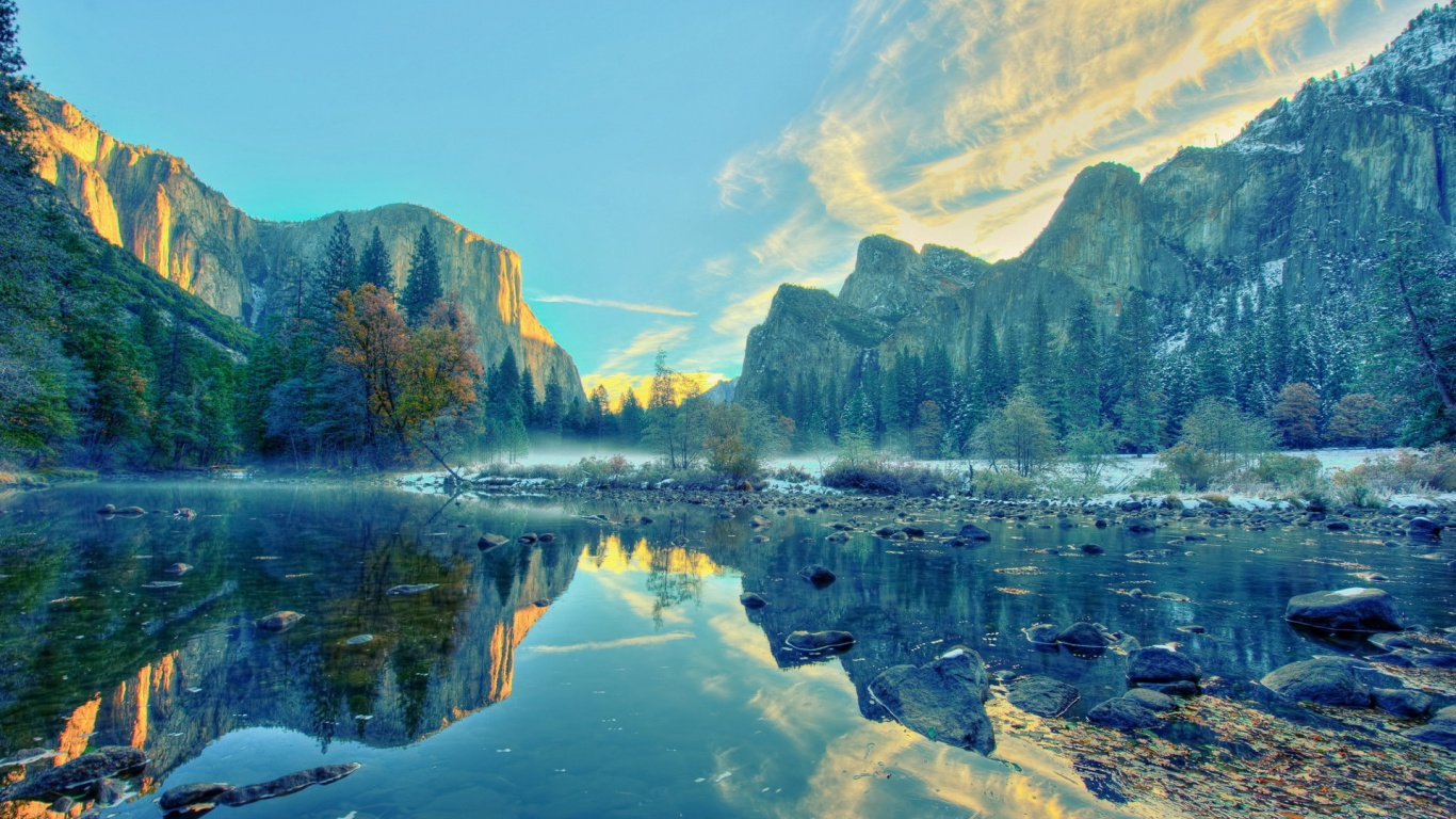 1366x768 Calming Yosemite National Park