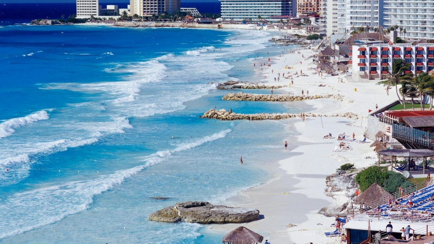 646x220 Cancun Shoreline Linkedin Banner Image