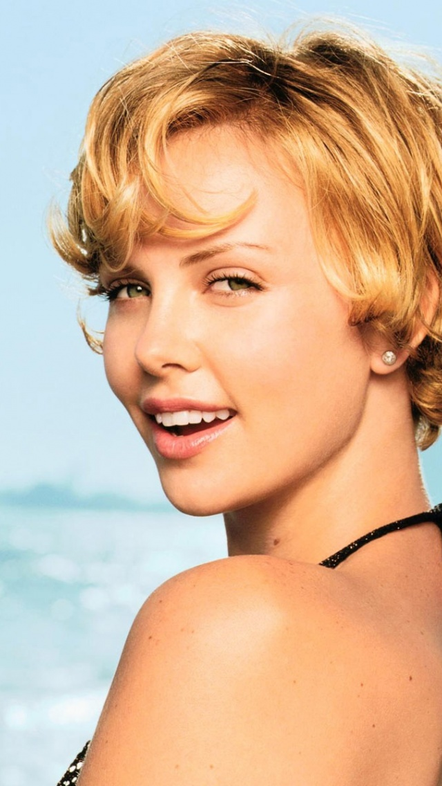 640x1136 Charlize Theron Iphone 5 Wallpaper