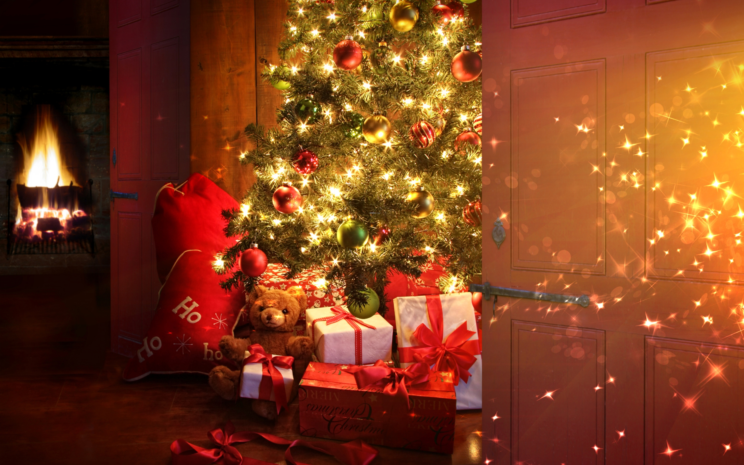 2560x1440 Christmas tree and presents YouTube Channel Cover