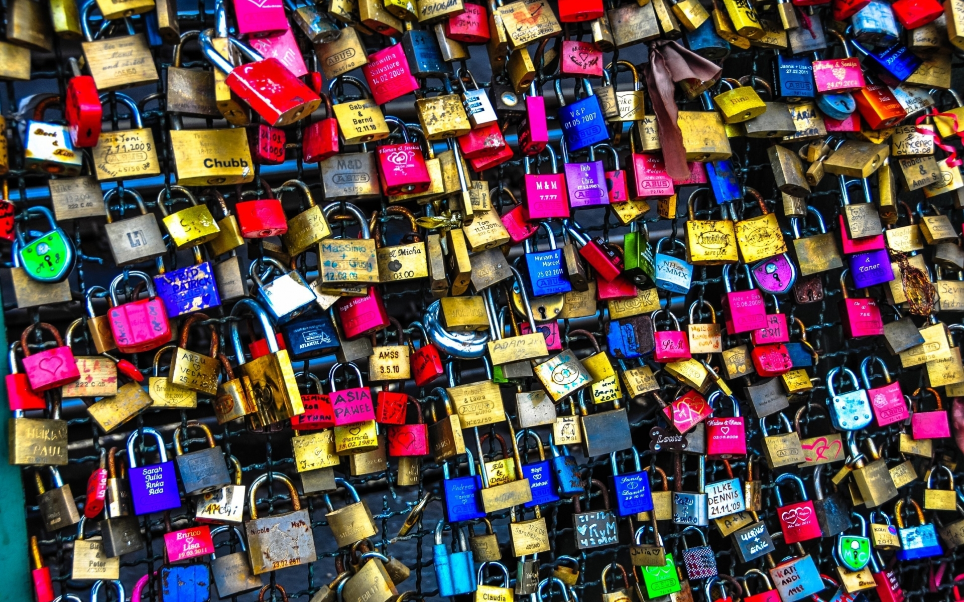 Image Colorful Love Locks Wallpapers And Stock Photos