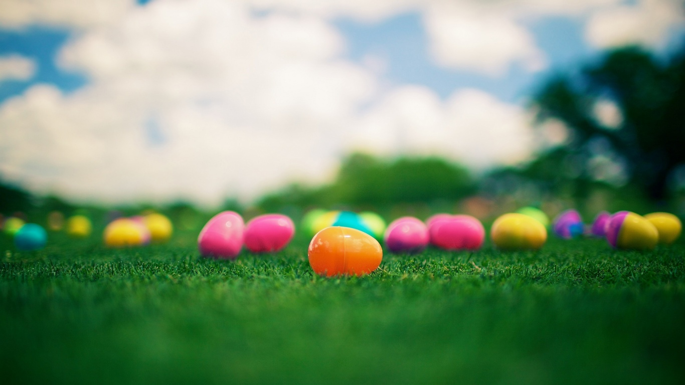 1366x768 coloured easter eggs desktop pc and mac wallpaper