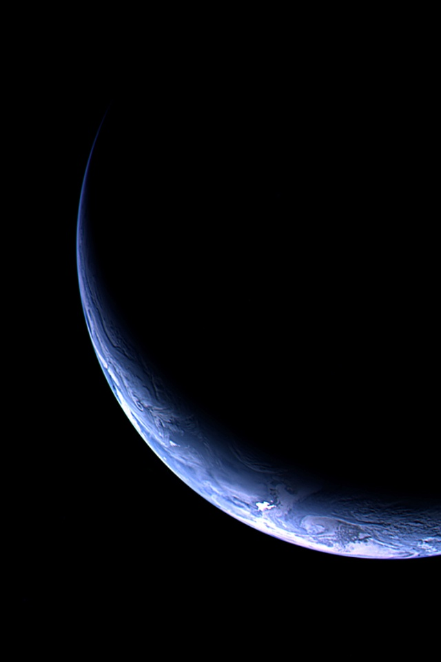 640x960 Crescent Moon Iphone 4 Wallpaper The