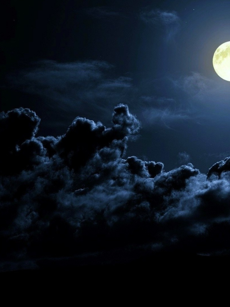 768x1024 Dark Clouds & Full Moon Ipad wallpaper