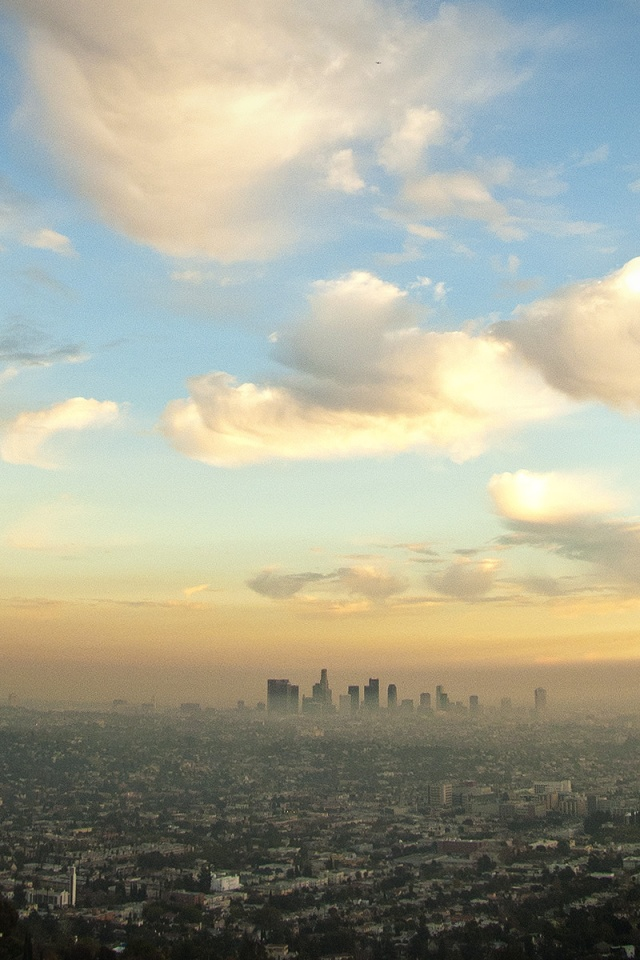 640x960 Downtown Los Angeles From Griffith Iphone 4 Wallpaper