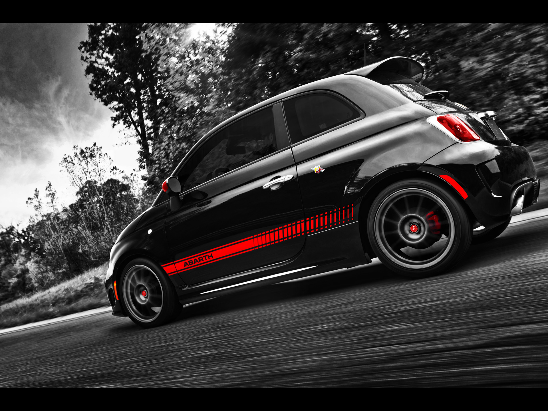 Fiat Abarth Side Angle Wallpapers X