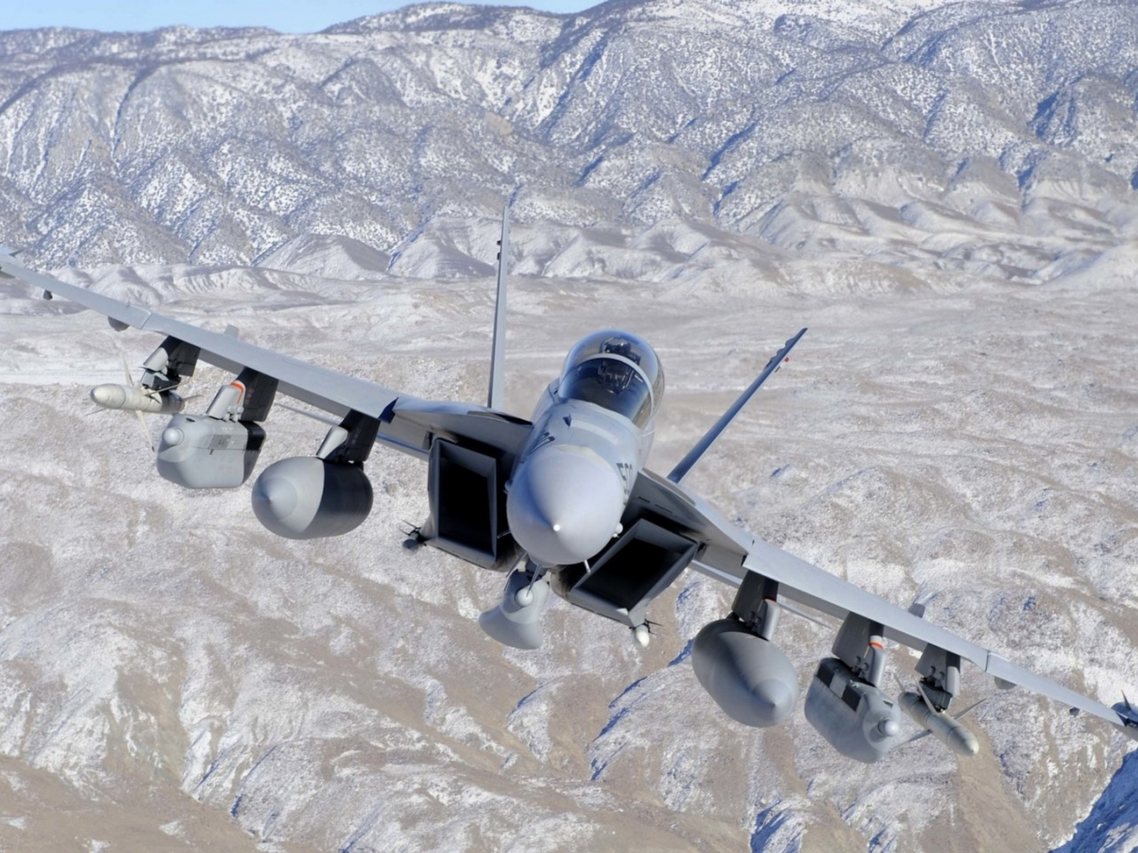 1280x960 Fighter Jet in Valley