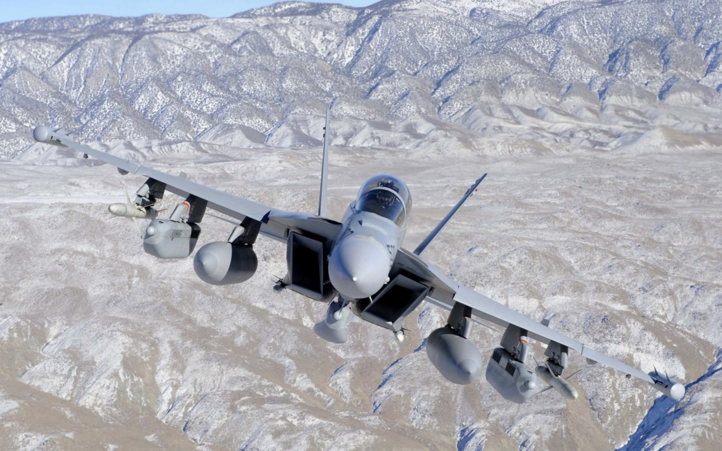 1440x900 Fighter Jet in Valley