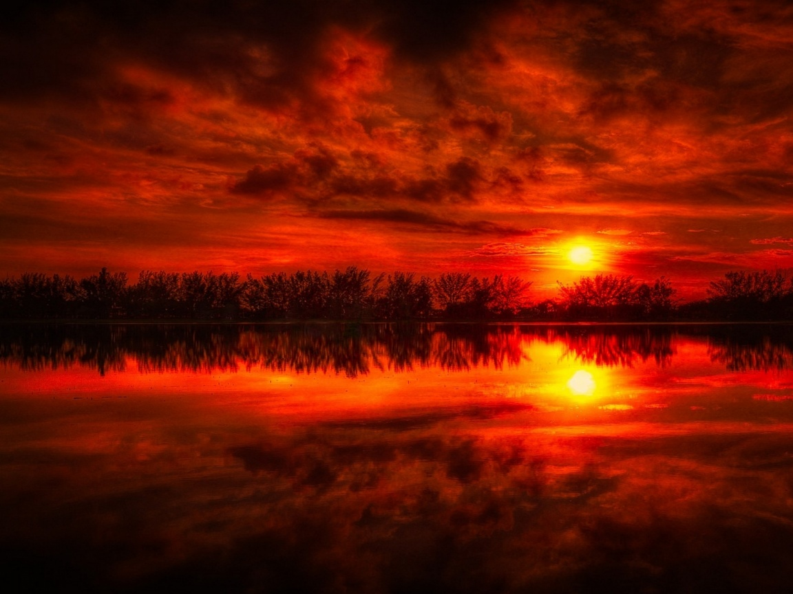 1152x864 Fire Red Sunset Reflection Sea