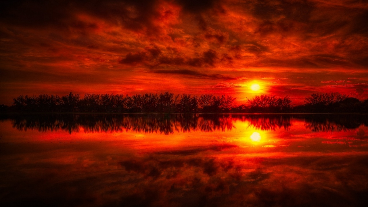 1280x720 Fire Red Sunset Reflection Sea