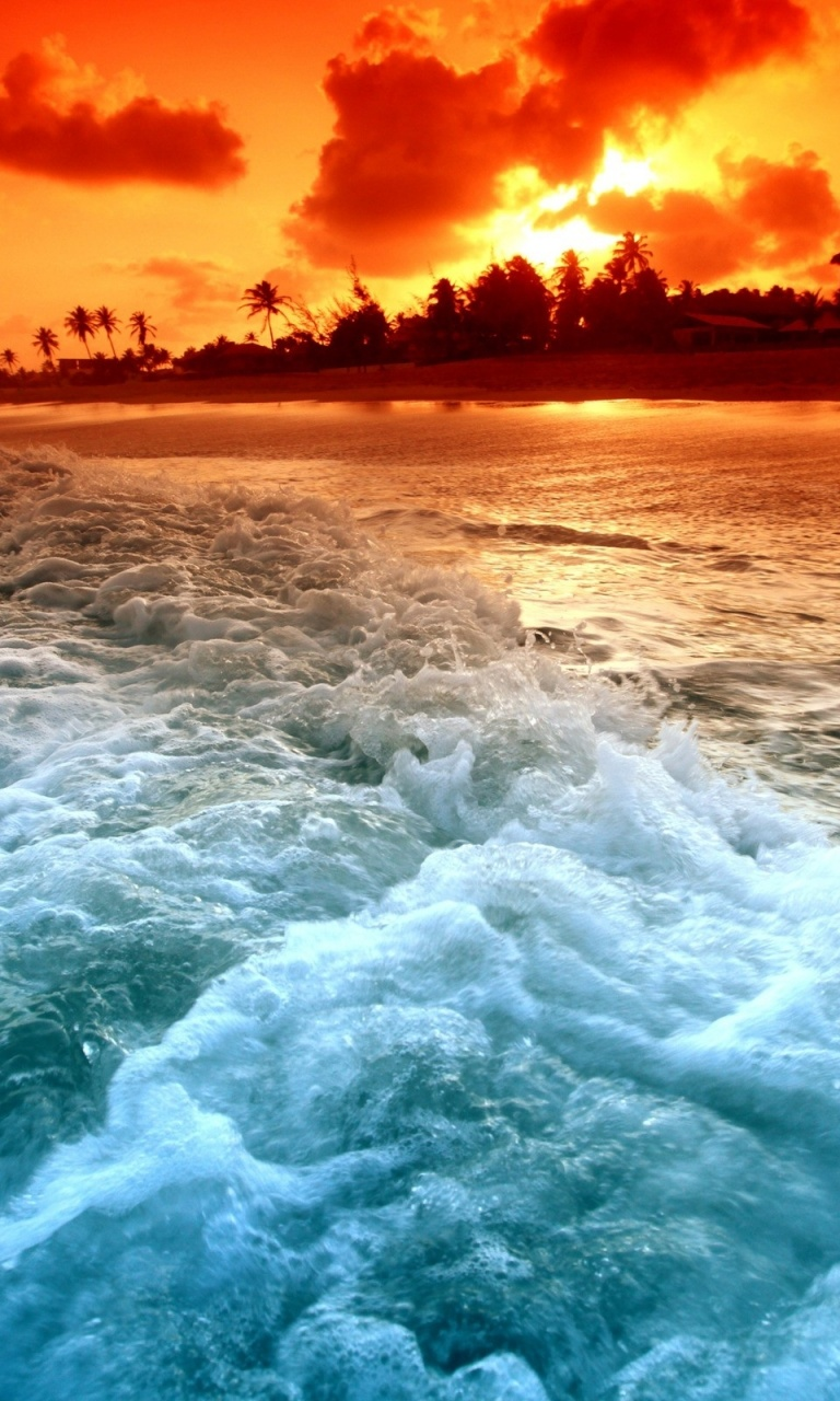 768x1280 Foam Ocean Sky Paradise Beach Lumia 920 Wallpaper