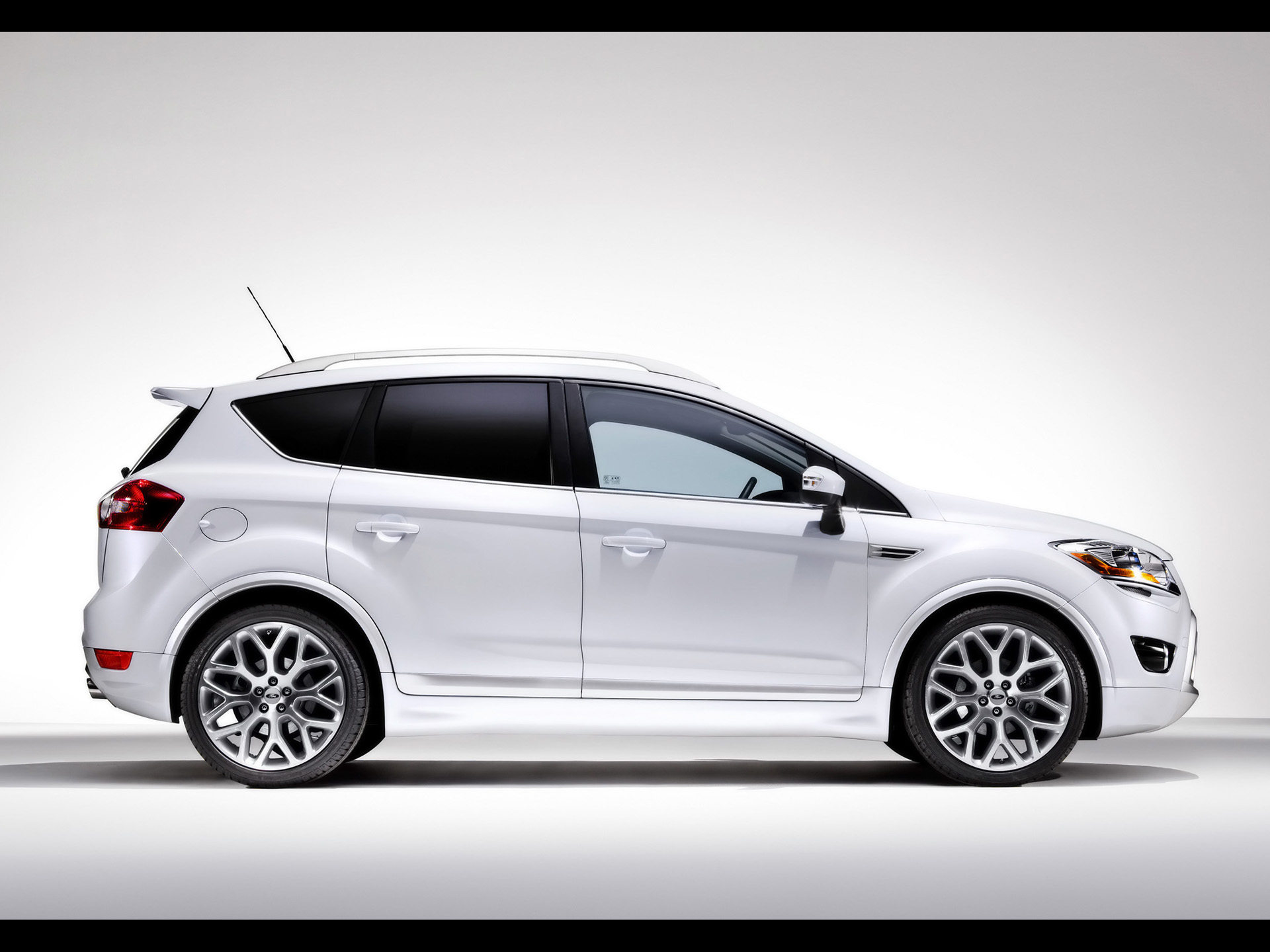 1920x1440 Ford Kuga Side Desktop PC And Mac Wallpaper