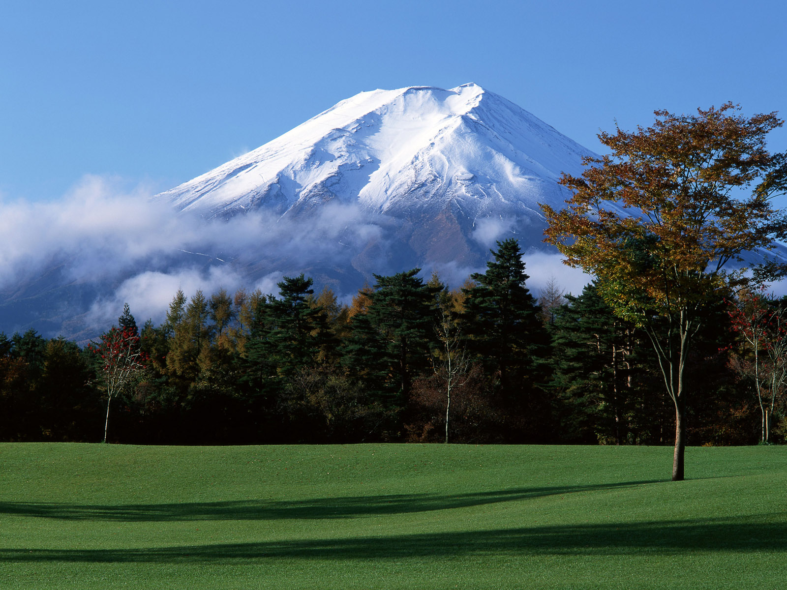 1600x1200 Fuji Mountain desktop wallpapers and stock photos