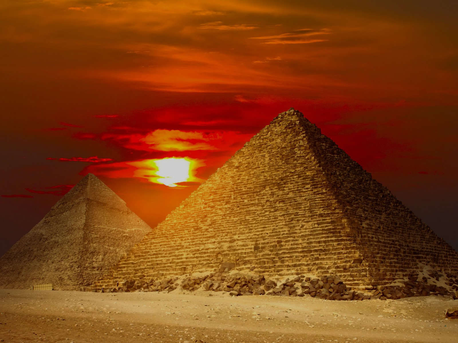 1600x1200 Giza Pyramids Egypt Red Sunset