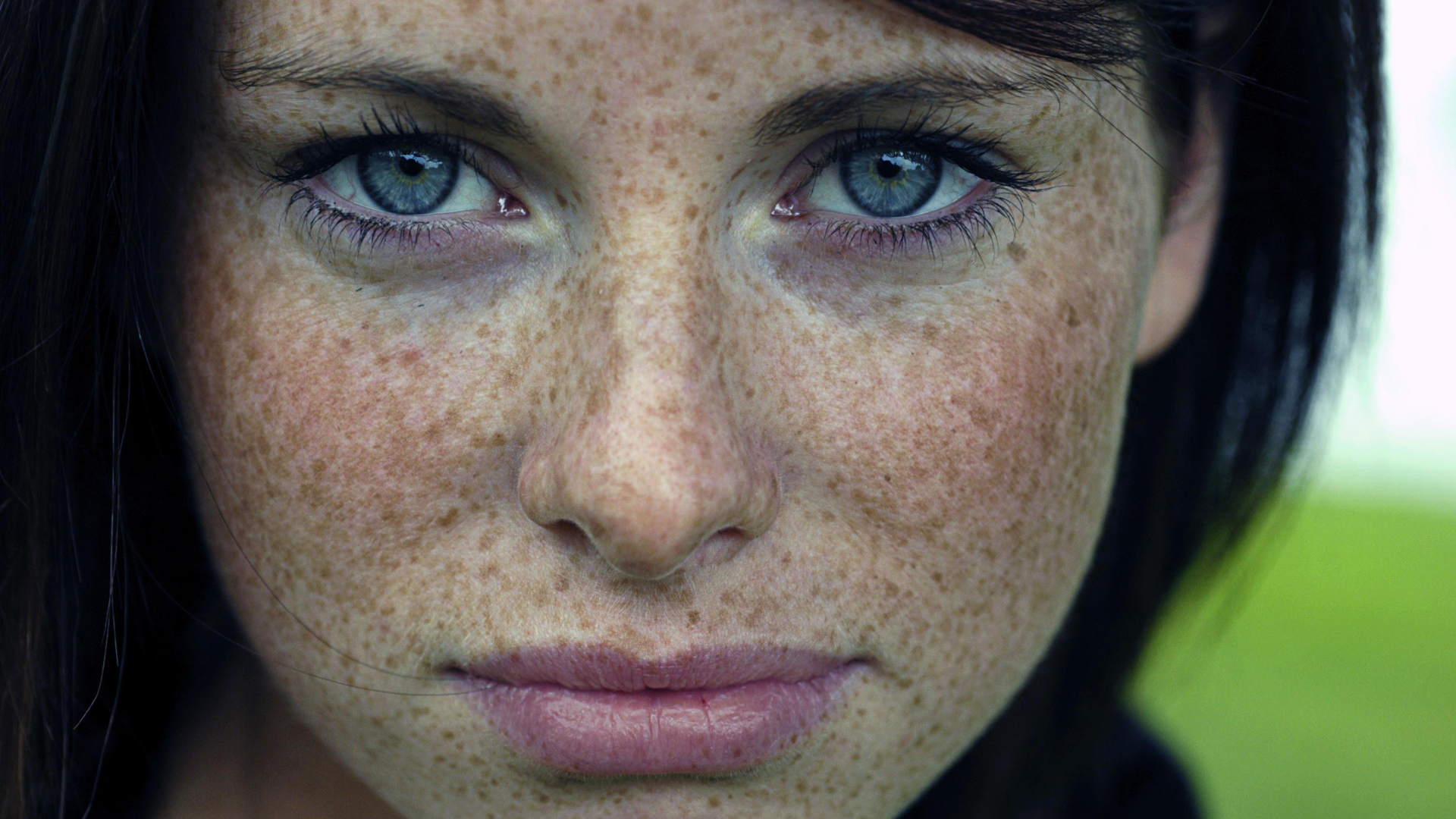 1920x1080 Gorgeous Freckled Brunette