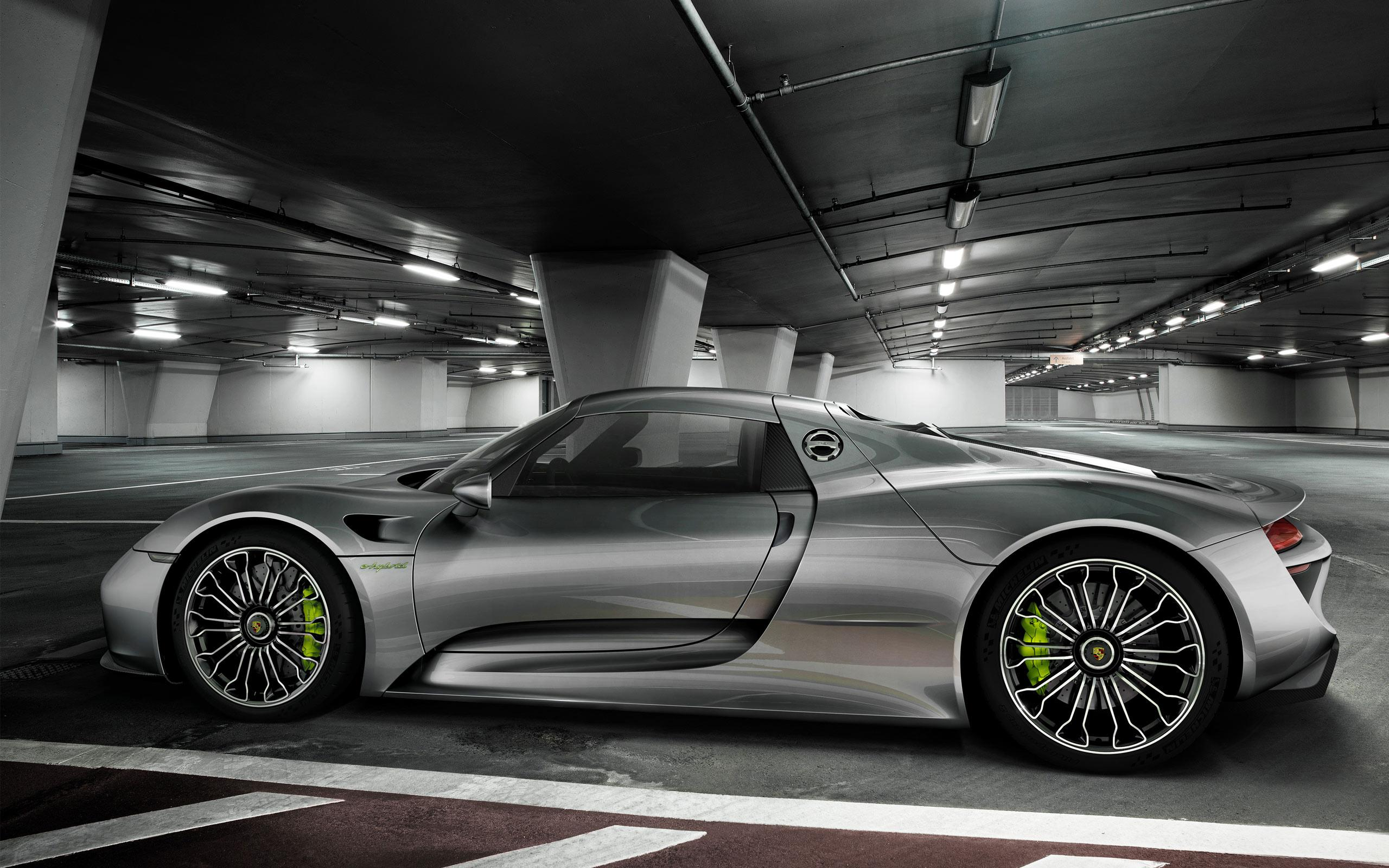 grau porsche 918 spyder hintergrundbilder grau porsche 918 spyder frei fotos. Black Bedroom Furniture Sets. Home Design Ideas