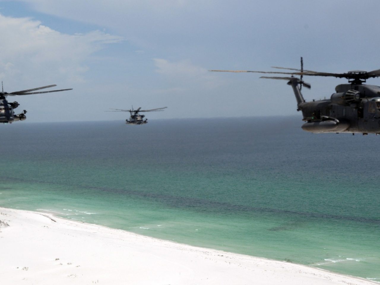 1280x720 Helicopter, beach, choppers