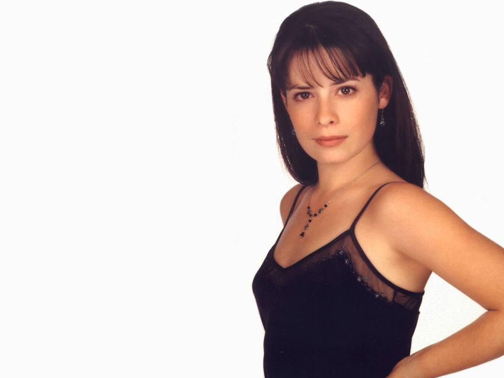 holly marie combs wallpapers | holly marie combs stock photos