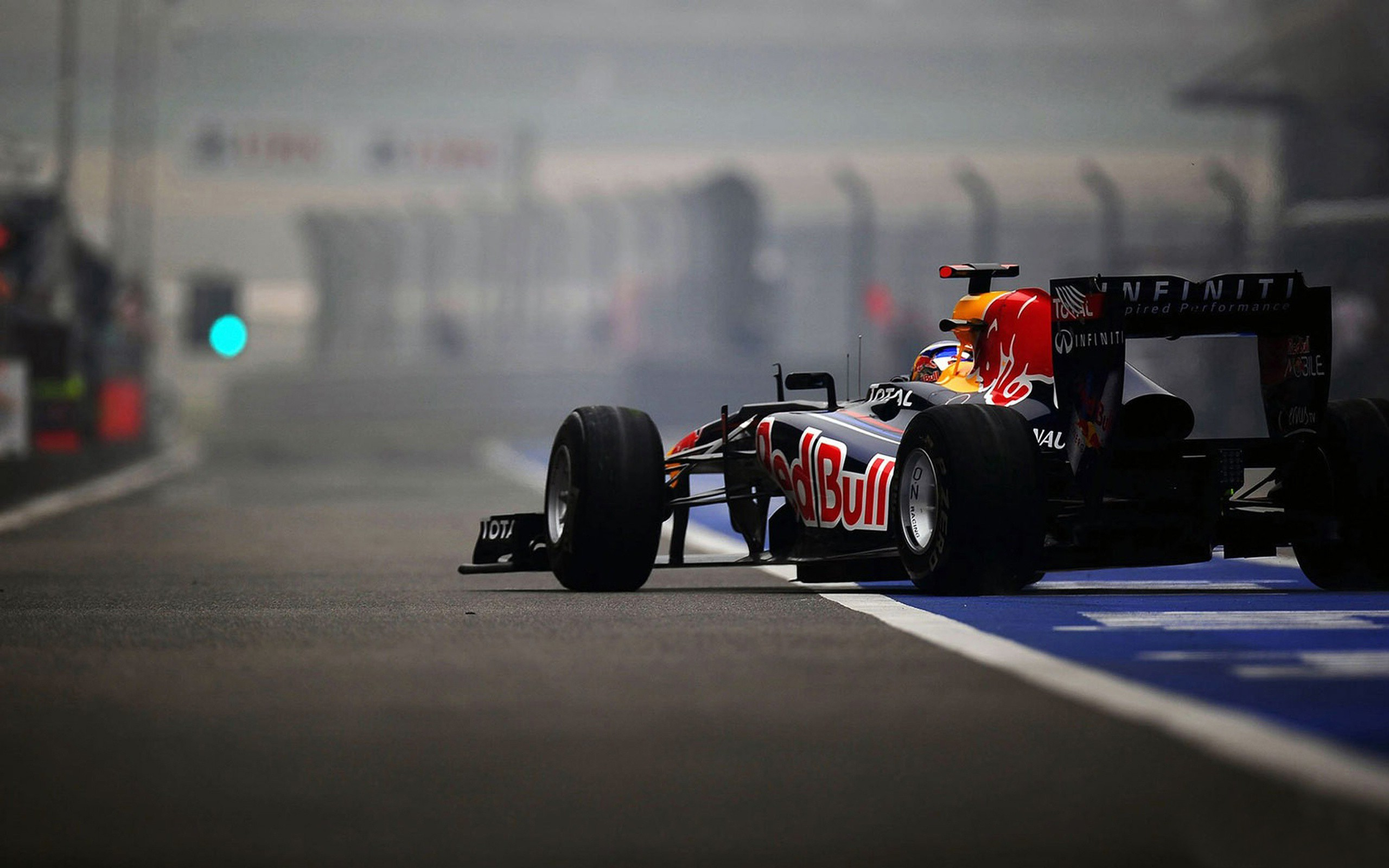 Infinity Red Bull Formula 1 Car wallpapers | Infinity Red ...