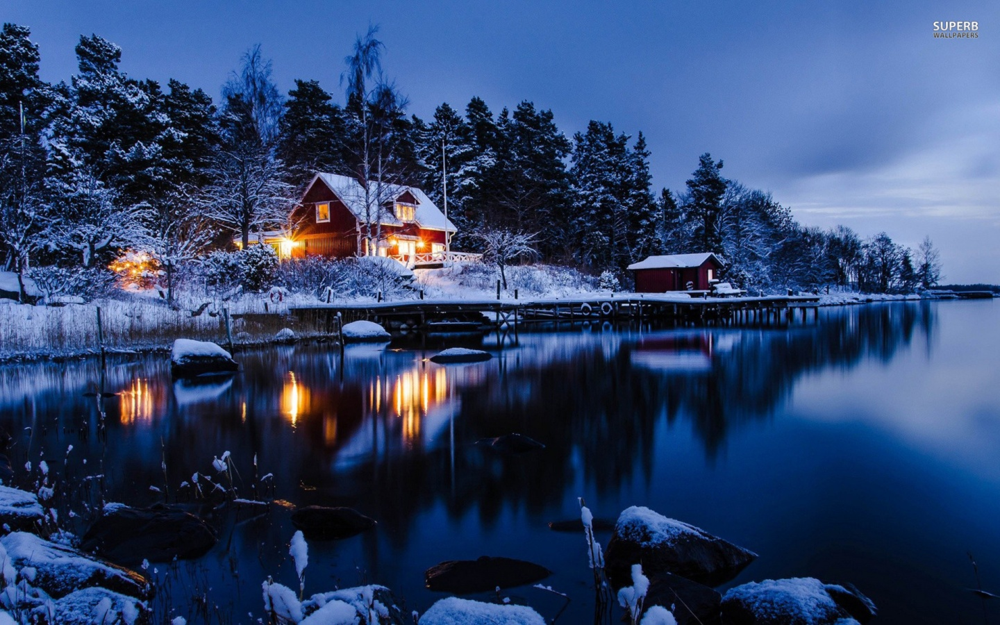 1440x900 Lakeside Winter Cabin Desktop Pc And Mac Wallpaper