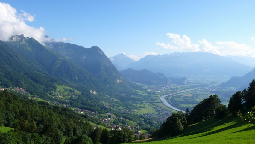 825x315 Liechtenstein Alps Europe