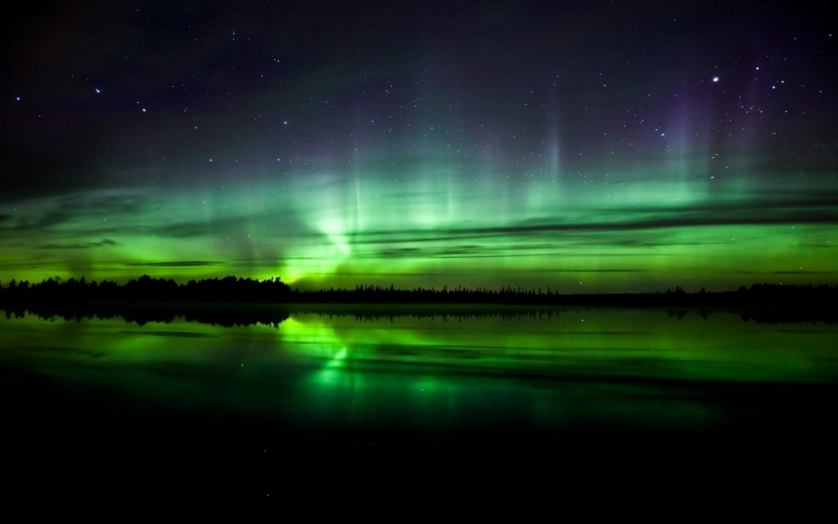1500x500 light green aurora borealis twitter header photo