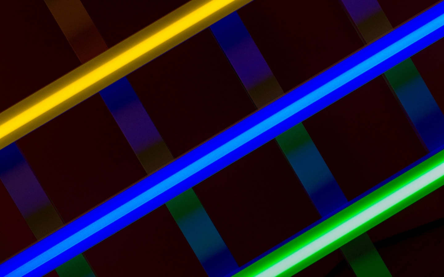 lines-diagonally-multicolored-wallpapers_54867_1440x900 Colored Lines