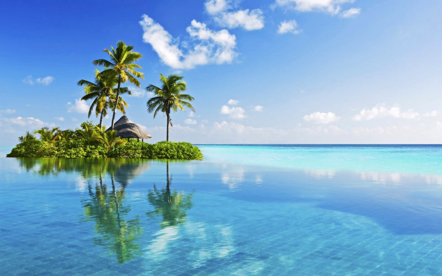 Hd Tropical Island Beach Paradise Wallpapers And Backgrounds: 1440x900 Little Tropical Island In Blue Desktop PC And Mac