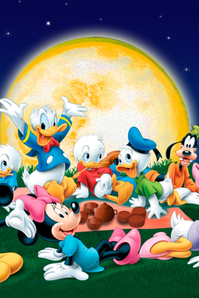 640x960 Mickey Mouse Friends Picnic Iphone 4 Wallpaper