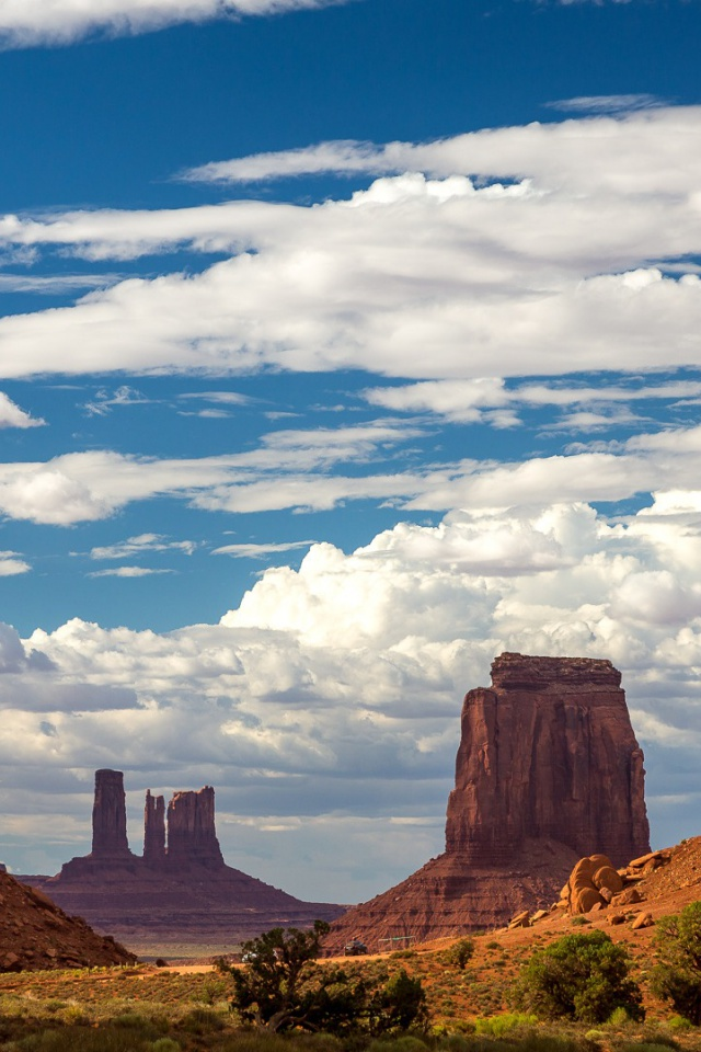 640x960 Monument Valley USA Rocks Iphone 4 Wallpaper